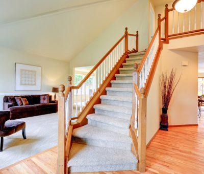 Dywanowe nakładki na schody